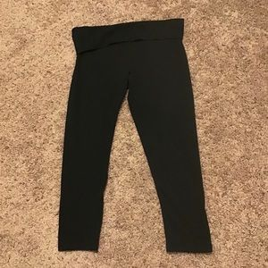 Victoria's Secret Black Work Out Capri Leggings